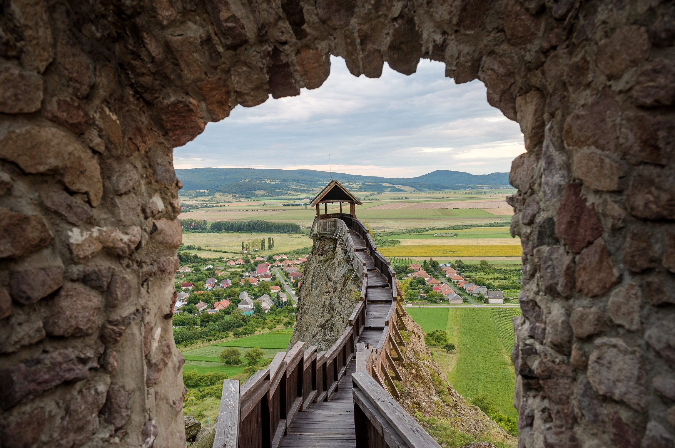 """d8e73a9fa9 ... pilgrimage known as the """"Footsteps of the Wonder Rabbis"""" through 10  settlements, exploring the Jewish memorial and heritage sites of  Tokaj-Hegyalja."""